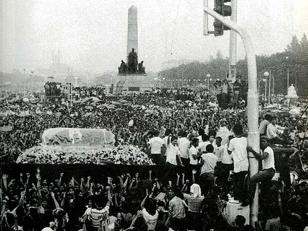 Ninoy's death procession. Photo courtesy of Choose Philippines.