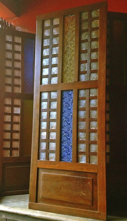 This classic Philippine capiz window with rare ylang-ylang glass in vibrant hues of yellow and blue can be used as a wall and home decor, architectural detail, unique lighting fixture (lights can be installed behind the window.) (Photo: Ixxam Neo-Retro Finds)