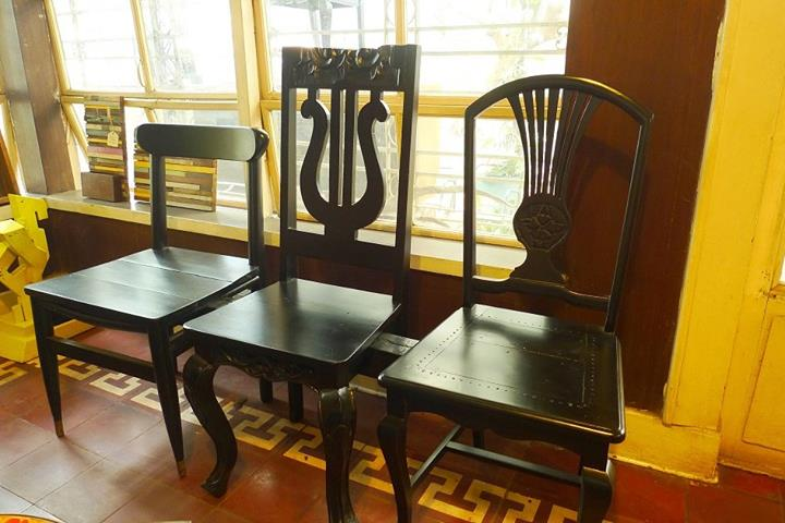 From mismatched chairs to Triplet Bench. (Photo: Resurrection Furniture and Found Objects Gallery)