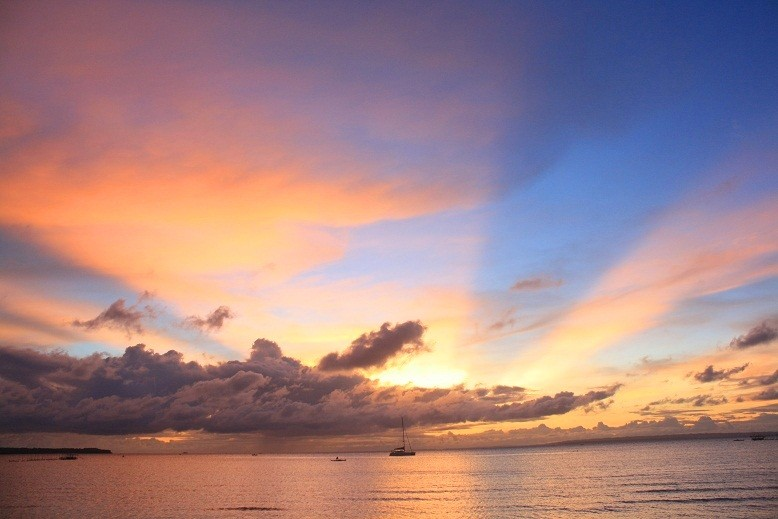 Sunrise at Bantayan Island, Cebu (Ching Dee / PCI)