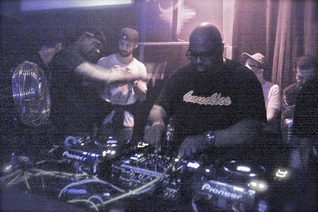 Frankie Knuckles (front) in 2012. (Wikipedia photo)