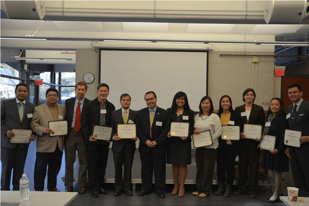 Consul General de Leon and the speakers and panellists at the seminar.