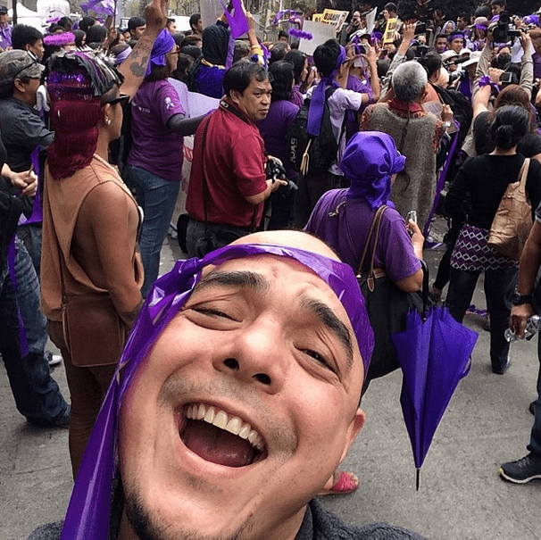 #Victory selfie #upholdrhlaw #yes2rh - @CarlosCeldran via Instagram