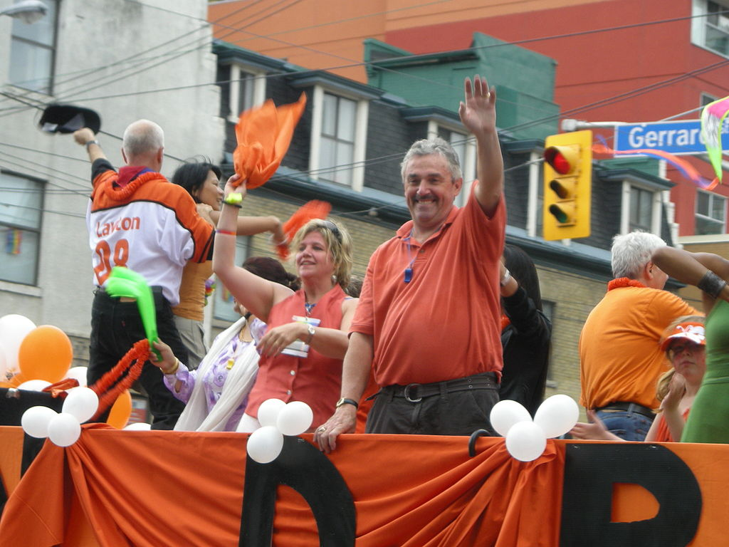 Andrea Horwath and Michael Prue. Photo by Neal Jennings / Wikimedia Commons.