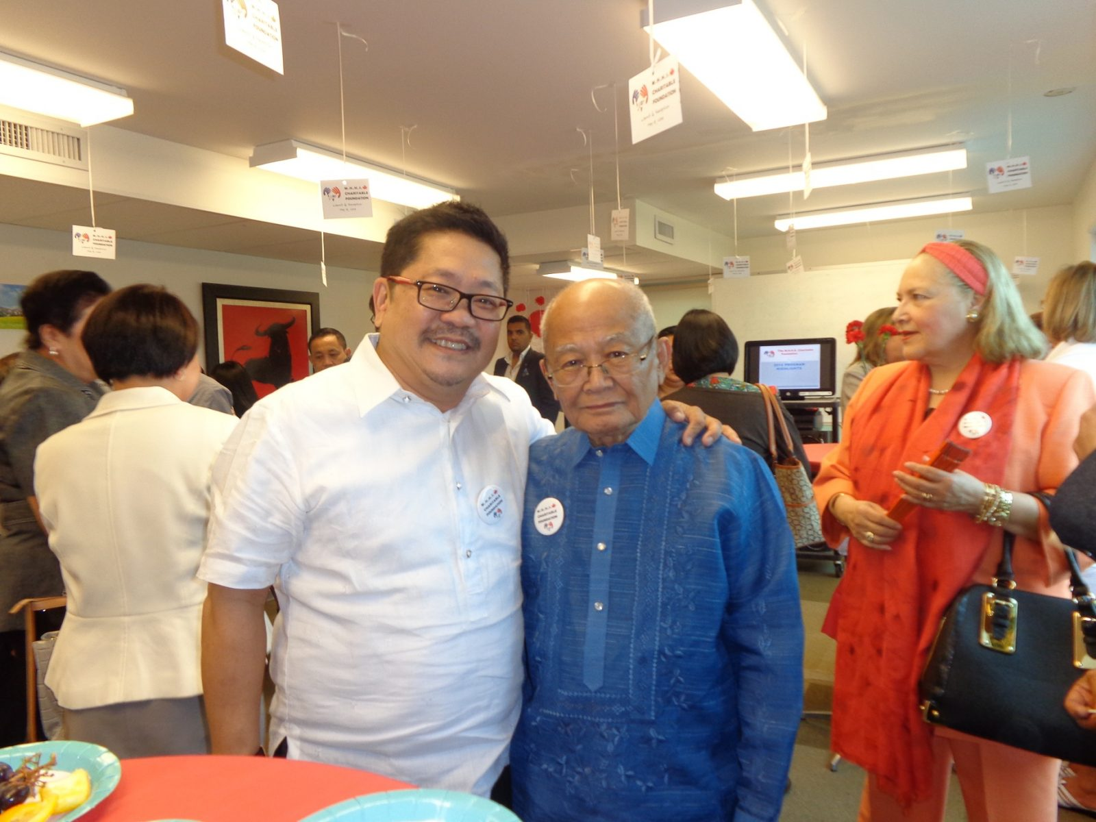 "PCI Publisher Alan Yong with MHHS Foundation CEO Tomas ""Tatay Tom"" Avendano"
