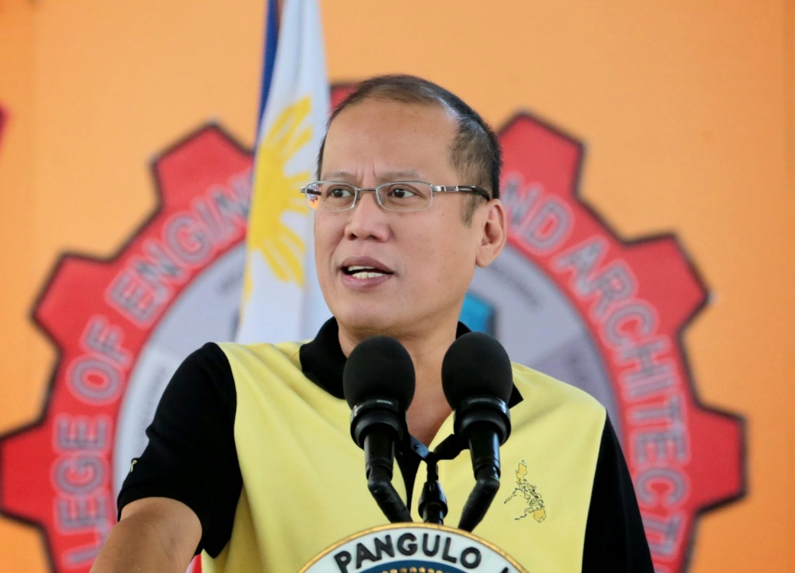 President Benigno S. Aquino III delivers his speech during the launching of the Bohol Fabrication Laboratory (FABLAB) Shared Service Facility Project and the 1st FABLAB Asian Network Boot Camp and Conference at the Bohol Island State University (BISU) in Tagbilaran City, Bohol on Friday (May 02). (Photo by Benhur Arcayan/ Malacañang Photo Bureau)