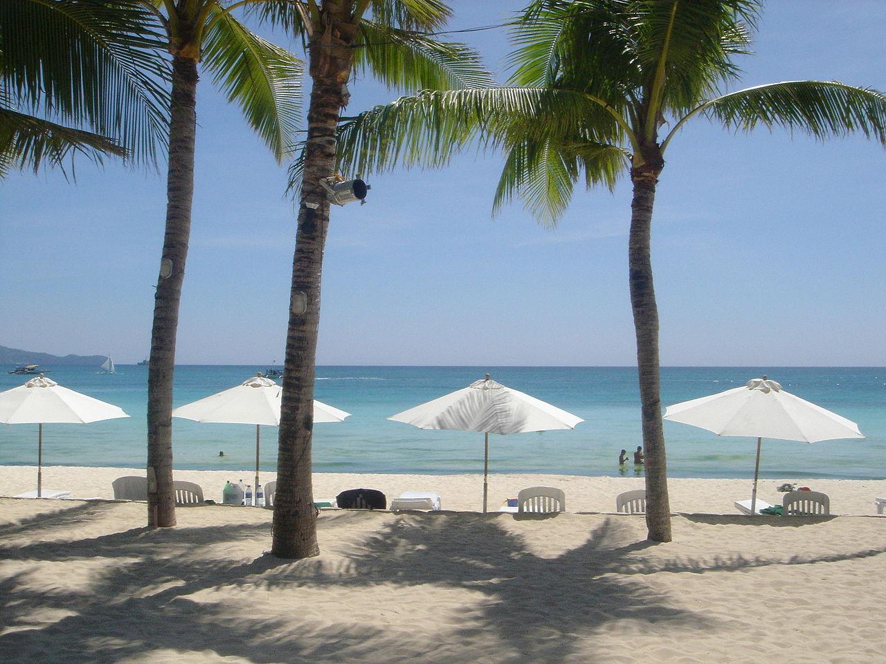 White sand beach of Boracay. Wikipedia photo
