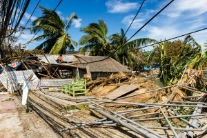 The devastation left by super typhoon 'Haiyan.' Richard Whitcombe / Shutterstock