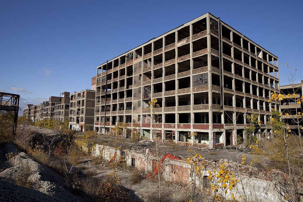 Western part of the abandoned Packard Automotive Plant in Detroit, Michigan. Photo by Albert duce / Wikimedia Commons.