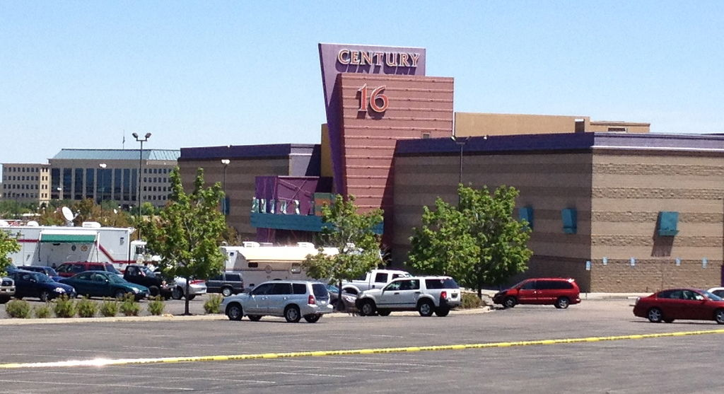 The Century 16 Theater in Aurora, Colorado where the 2012 Aurora shooting took place. Photo by Algr / Wikimedia Commons.