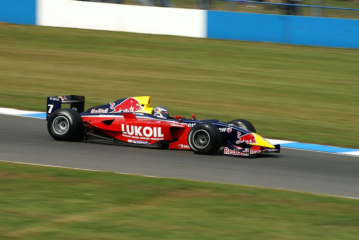 Mikhail Aleshin driving for Carlin Motorsport in the 2007 World Series by Renault season at Donington Park. Photo by Martin Pettitt / Flickr.