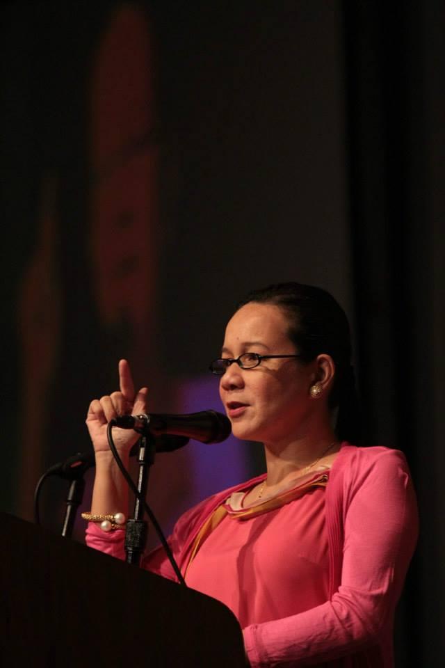 Sen. Grace Poe - Llamanzares. Photo from Poe's official Facebook page.