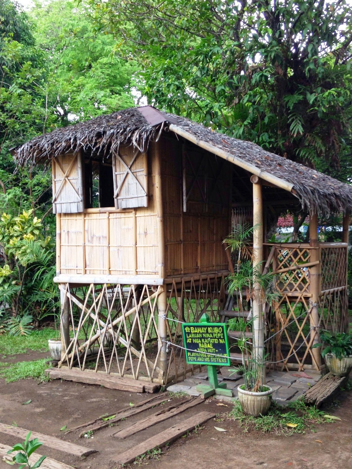 A replica of Pepe's nipa hut. Photo by Ching Dee.