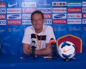 Thomas Dooley in a press conference in Maldives. / Photo by Amy Jabeen from Thomas Dooley's official Facebook page