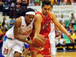 Reid playing for Rain or Shine Painters / Photo by KC Cruz from PBA's official online website.