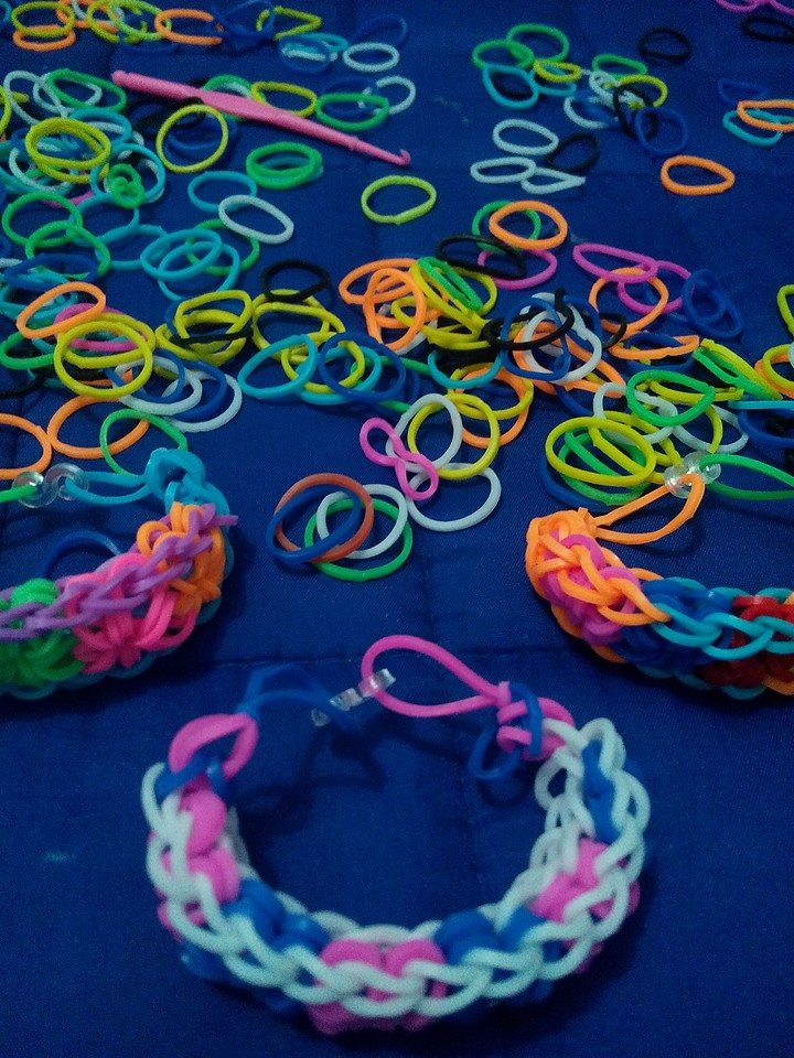 Loom bands everywhere. Photo by June Lenard Arceta.