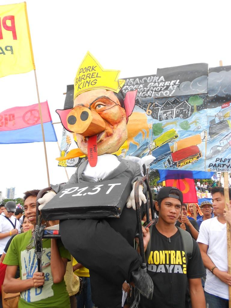 Photo taken at the 2103 anti-corruption Million People March in Luneta. (Photo: Angie Duarte)