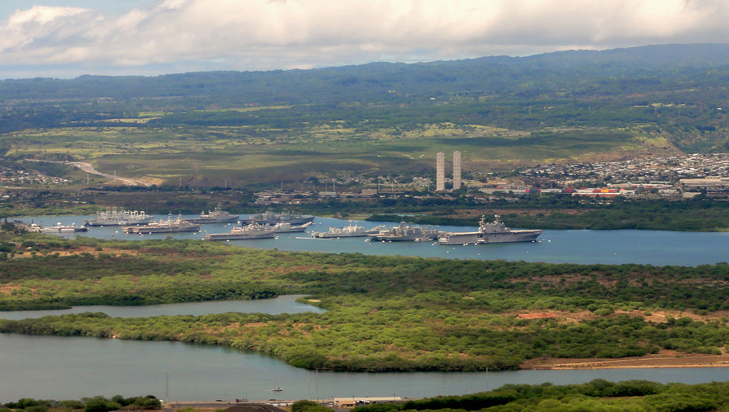 US Pacific Fleet at Pearl Harbor, Hawaii. Photo by Cristo Vlahos / Wikimedia Commons.
