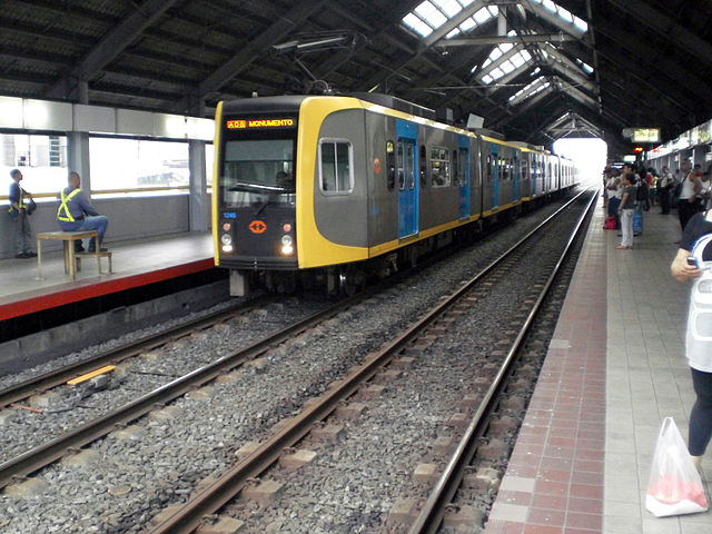 LRT 1 (Wikipedia photo)