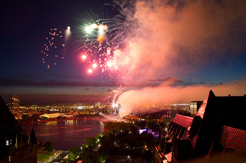 Canada Day fireworks, Ottawa 2011/ Photo by Skeezix1000/ CC BY-SA 2.0