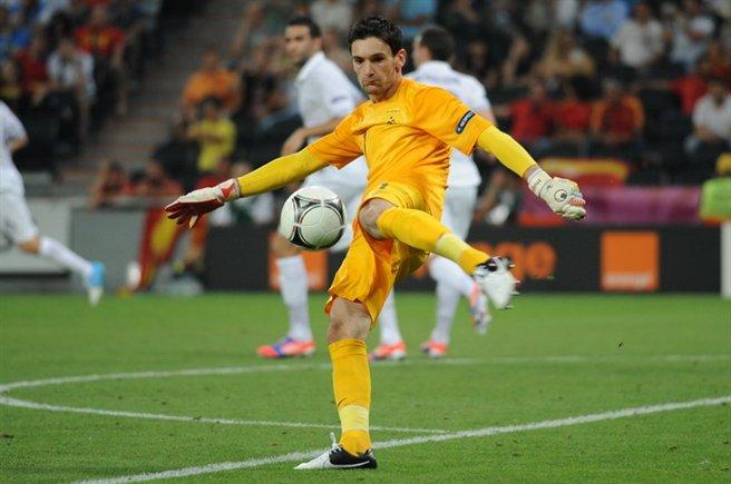 Hugo Lloris at Euro 2012 during a Spain-France match. Photo by Дмитрий Неймырок / Football.ua.