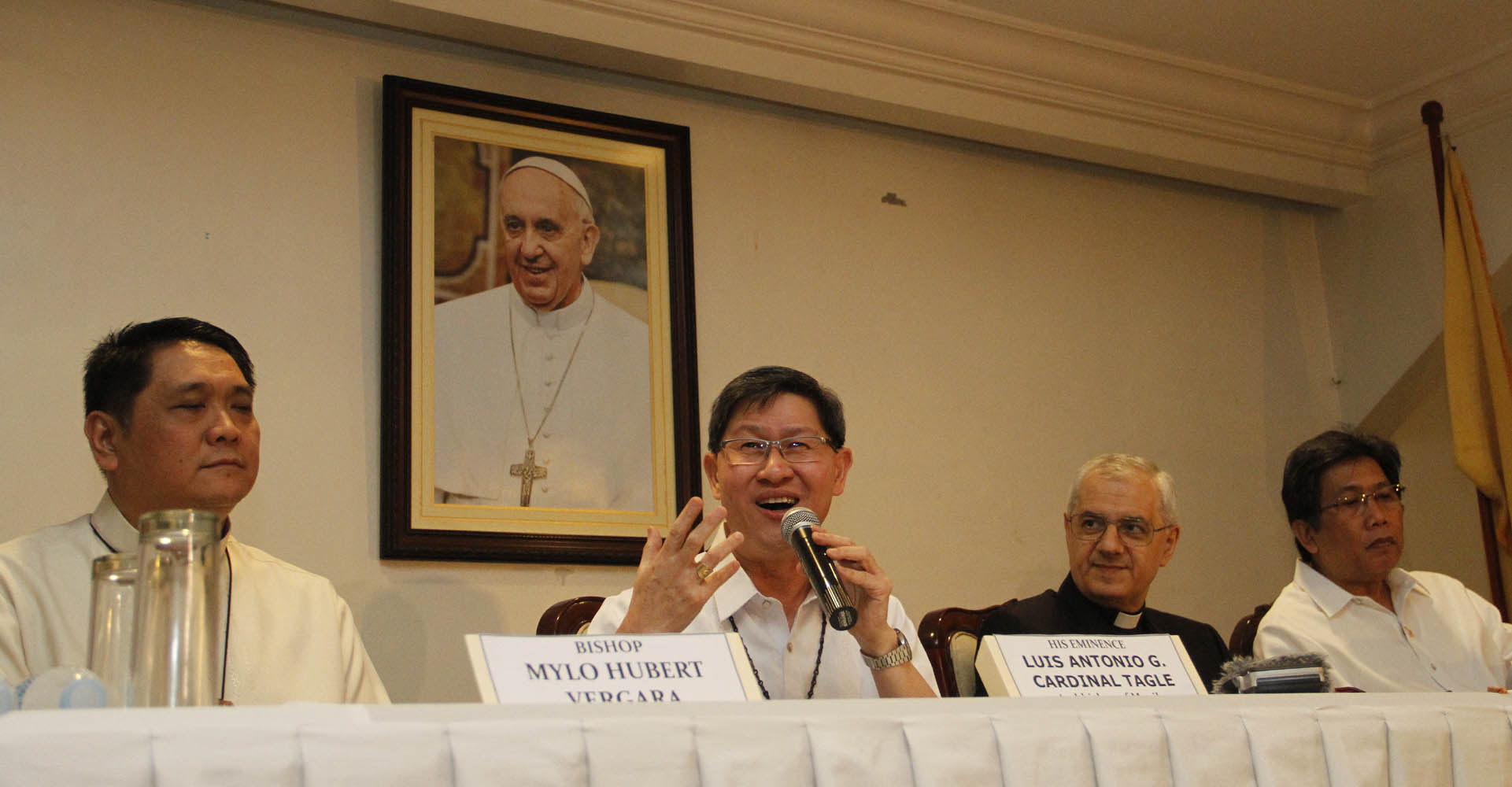 Manila Archbishop Antonio Luis G. Tagle announces the visit of Pope Francis to the Philippines on January 15-19 next year during a press conference on Tuesday (July 29, 2014) in Intramuros, Manila. Also in photo (from left) are Bishop Mylo Hubert Vergara; Apostolic Nuncio, Archbishop Giuseppe Pinto; and Presidential Communication and Operations Office (PCOO) Secretary Herminio Coloma. (PNA photo by Avito C.Dalan)