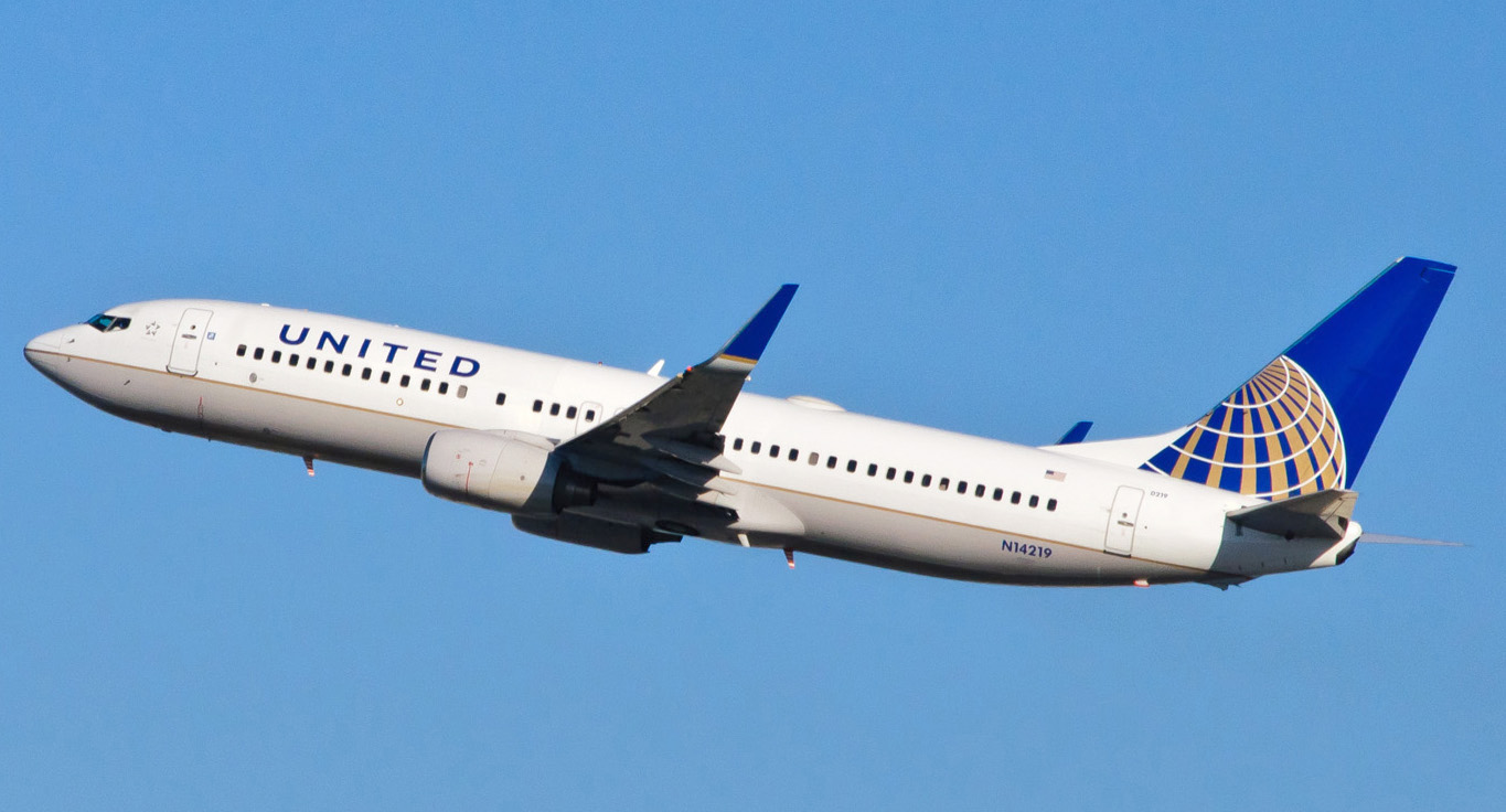 A United Boeing 737-800. Photo by skinnylawyer / Flickr.