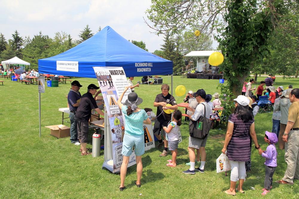 Filipinos in a Toronto park.