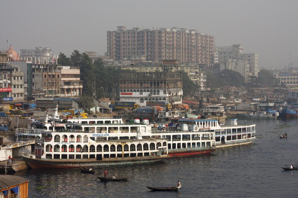 Sadarghat boat terminal in Dhaka, Bangladesh. Juriaan Wossink / Shutterstock