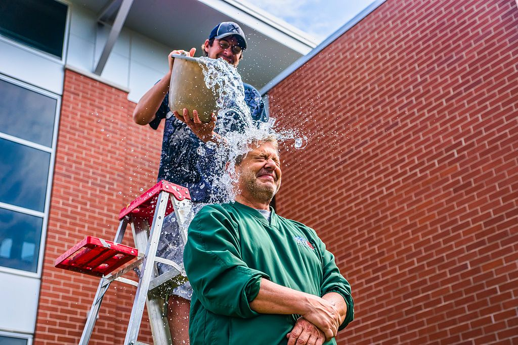 Local Green Bay radio and TV personality John Maino performs the ALS Ice Bucket Challenge. Photo by Rauglothgor / Wikimedia Commons.