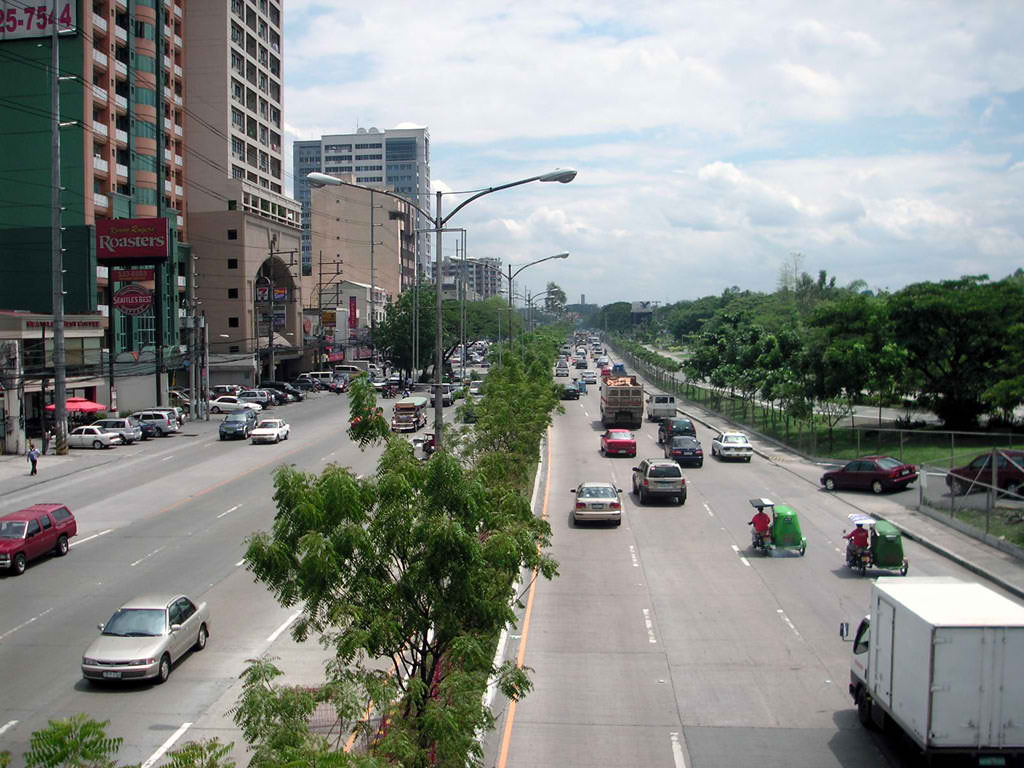 Katipunan Avenue in Quezon City (Wikipedia photo)