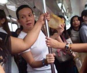Senator Grace Poe lining up in the ticket line of the MRT3 North Avenue station in Quezon City. Photo courtesy of Myrnalyn Lavapie/Senator Grace Poe's Office