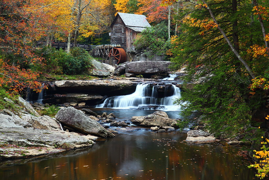 Autumn Fall Foliage at the Grist Mill in Babcock State Park West Virginia. Photo by ForestWander / Wikimedia Commons.