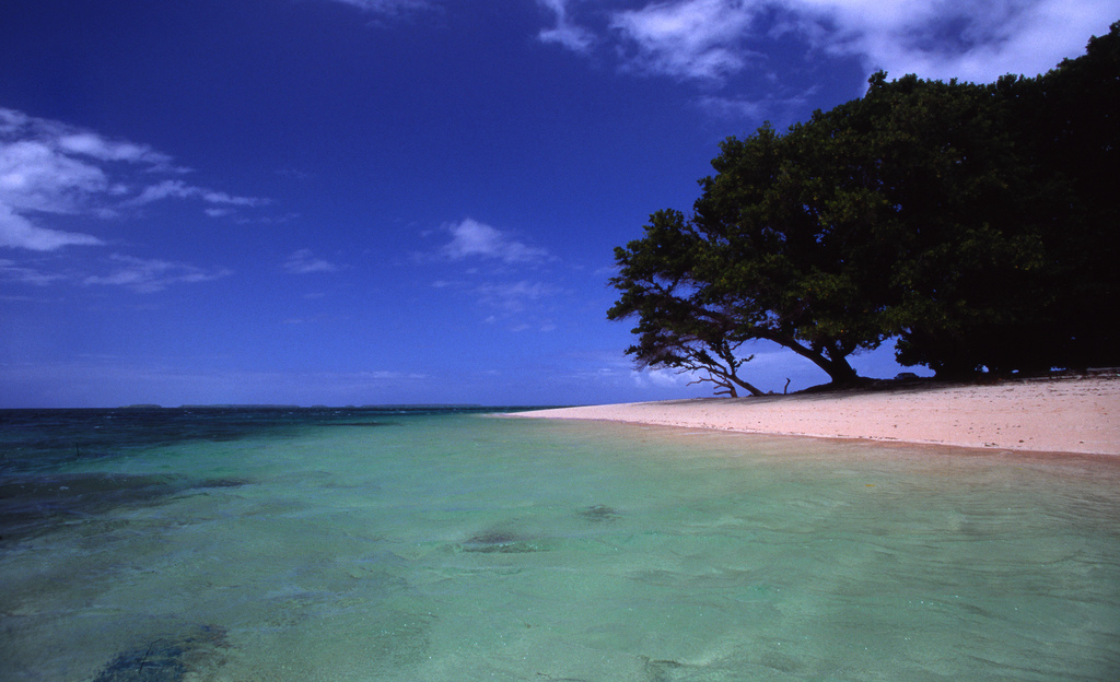 A small island of the Marshall Islands. Photo by Stefan Lins / Flickr.