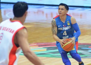 Jimmy Alapag (#4) gave an outstanding performance against Argentina, but sadly, it was not enough. (Photo courtesy of Smart Gilas Pilipinas Facebook page)