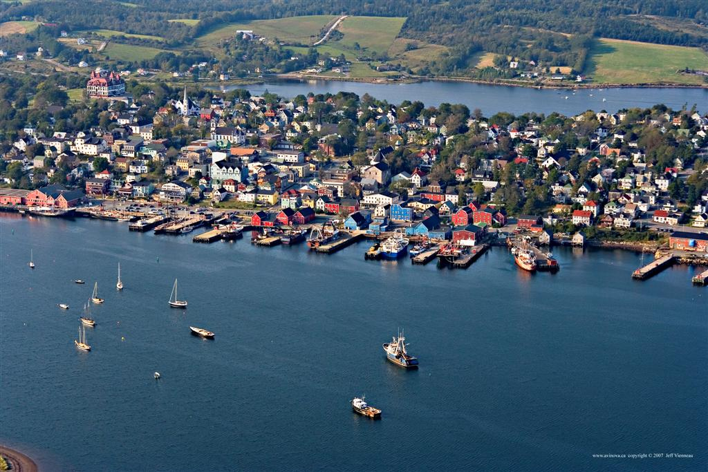 Lunenburg was begun as an agricultural settlement, taking advantage of one of the few pockets of good soil along Nova Scotia's South Shore. However in the 19th century the town evolved as a major centre for the offshore banks fishery, building and manning fishing schooners to exploit the Grand Banks of Newfoundland and the fishing banks off Nova Scotia. Photo by Jeff Vienneau / Wikimedia Commons.