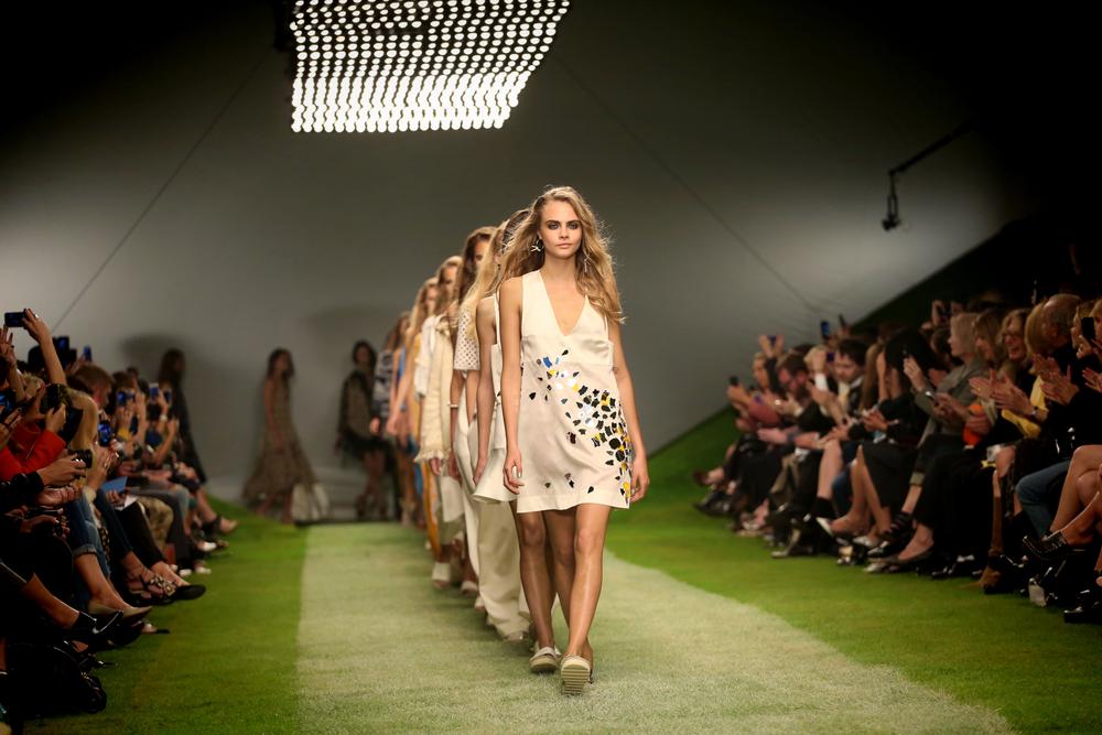 Cara Delevingne at London Fashion Week SS14 - Topshop Unique - Catwalk, London. (Featureflash / ShutterStock)