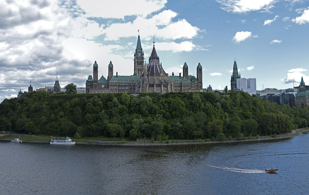 Parliament Hill, Ottawa. David Samuel / Wikimedia Commons.