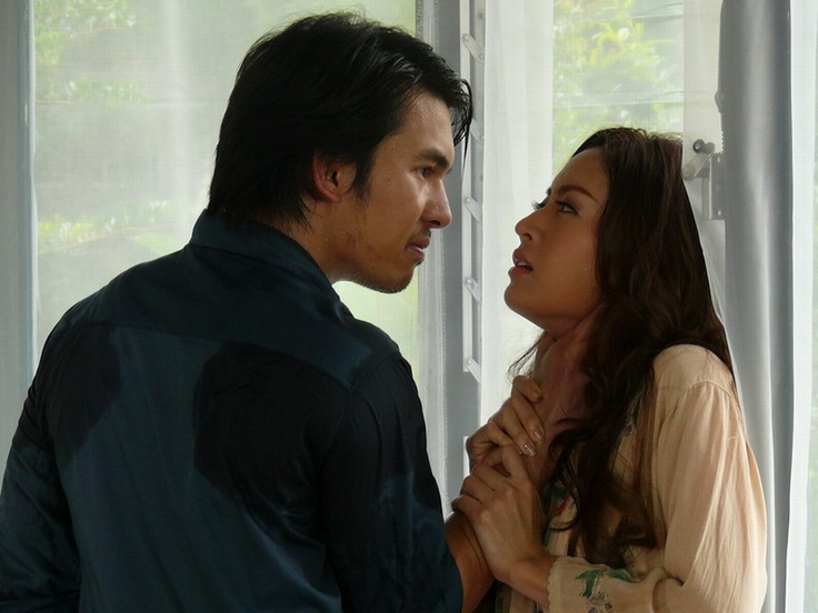 """Popular Thai drama """"Prisoner of Love"""" features the story of a very angry and vengeful after his only younger brother commits suicide because of a woman who broke up with him. He wants to take revenge on the girl who caused his brother's death."""
