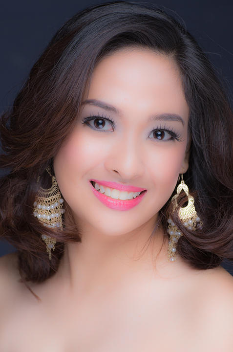 Miss World candidate Jahziel Pernia (Photographed by Pancho Escaler. Photo courtesy of Yahoo! Philippines)
