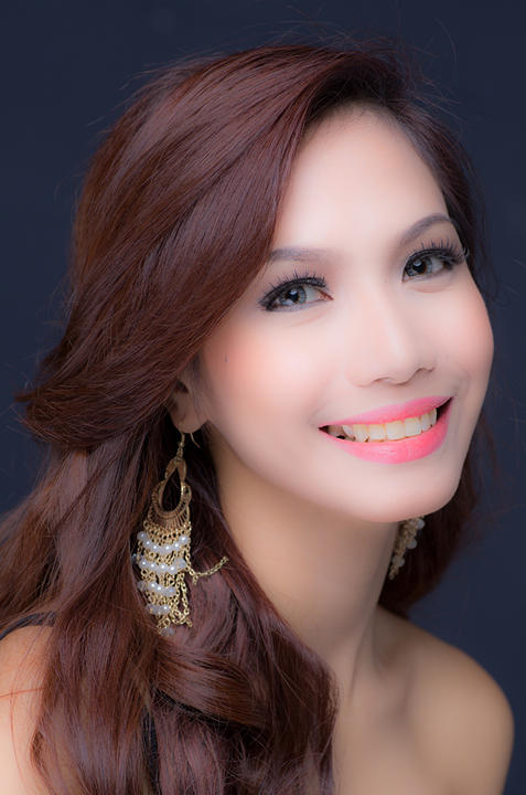 Miss World candidate Ranielah Marie Oval (Photographed by Pancho Escaler. Photo courtesy of Yahoo! Philippines)