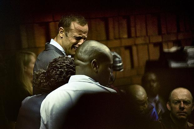 Oscar Pistorius emotional in court (Photo courtesy of Oscar Pistorius Shooting Coverage Facebook page)