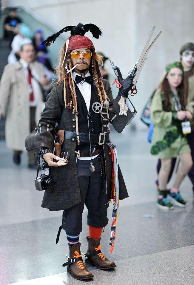 "Glenn Corral in his ""mash-up"" Johnny Depp costume (Photo: uproxx.com)"