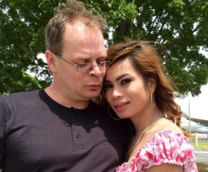 Garman national Mark Sueselbeck with slain transgender girlfriend Jennifer Laude (Photo courtesy of Subselfie)