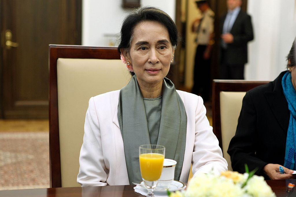 Aung San Suu Kyi. Michał Józefaciuk / Wikimedia Commons