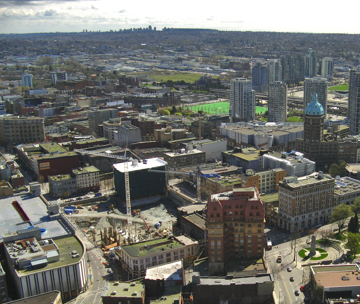 View of the Downtown Eastside and Woodward's site from Harbour Centre. Bobanny / Wikimedia Commons.