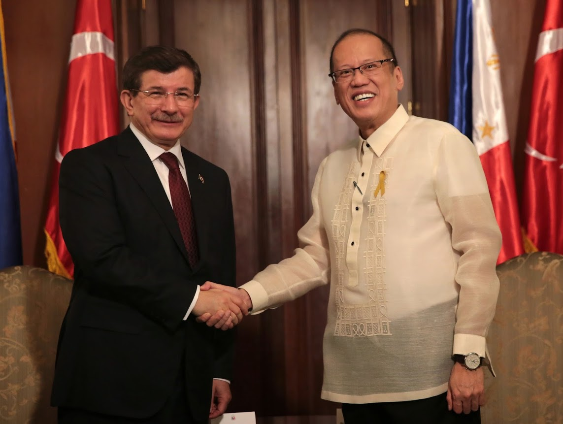 President Benigno S. Aquino III receives His Excellency Ahmet Davutoglu, Prime Minister of the Republic of Turkey, at the Music Room of the Malacañan Palace during his Official Visit to the Republic of the Philippines on Monday (November 17). Diplomatic relations between Turkey and the Philippines have been established with the Treaty of Friendship signed on 13 June 1949. Friendly and problem-free relations between Turkey and the Philippines constitute a solid basis for the development of bilateral relations. Economic relations have gained momentum in recent years despite the geographical distance. In recent years, enhanced economic and commercial relations paved the way for the Philippine business circles to increase their interest in the Turkish economy. Currently, approximately 5,000 Philippine citizens are living in Turkey and there are approximately 200 Turkish citizens living in the Philippines. (Photo by Benhur Arcayan / Malacañang Photo Bureau)