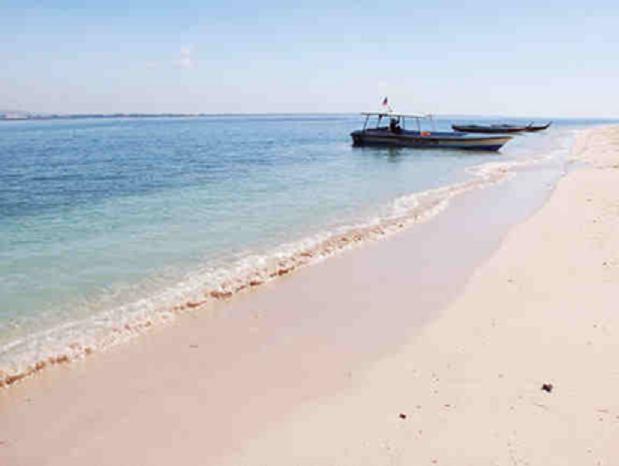 pink sand 3