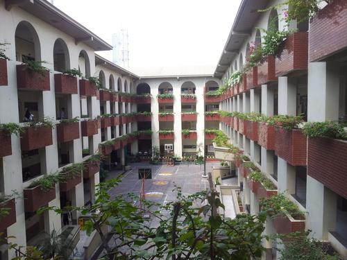 Makati Science High School (Photo from http://jeldirecto.tumblr.com)