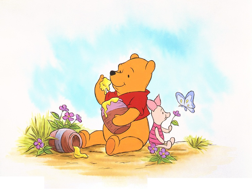 Winnie the Pooh and Piglet (Photo courtesy of Disney Japan)
